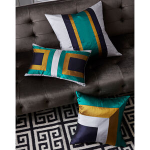 Bedroom Essentials - Emerald Siam Zip Throw Pillow